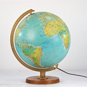 The kind of globe I would have seen in school, or on my bedroom desk in the 1970's.