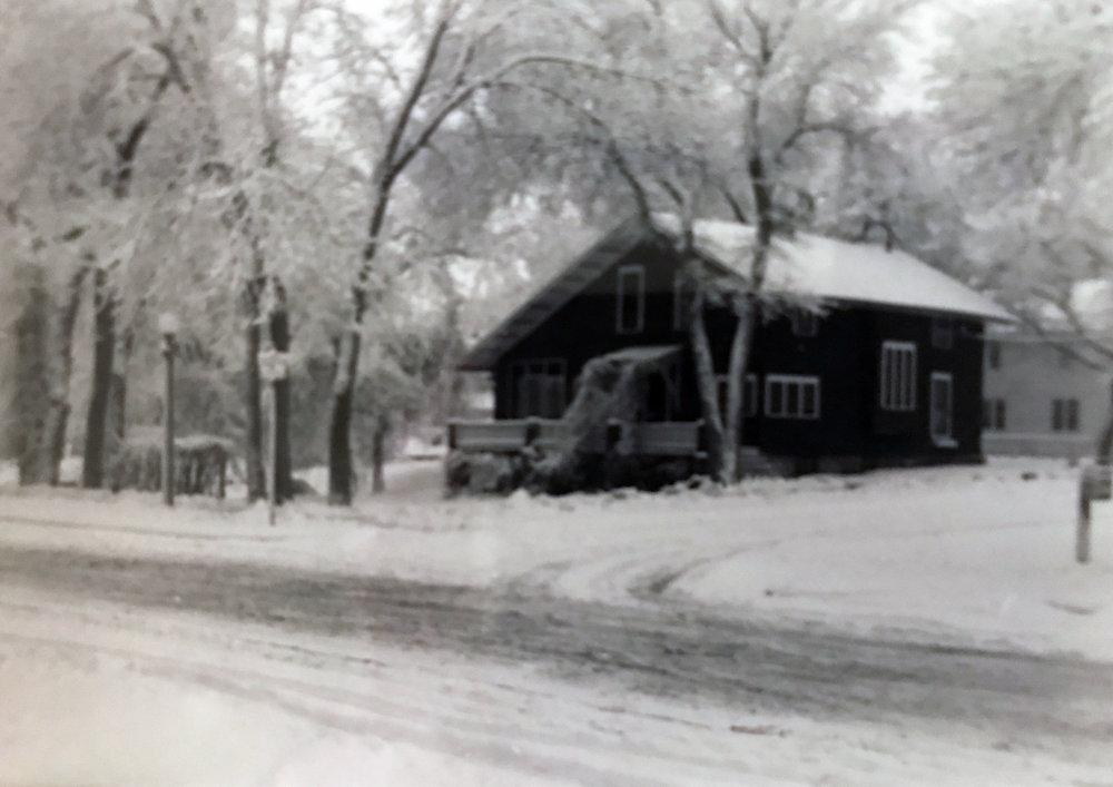 Englert family home, built 1909-1912, Valley City, ND (image copyright, W.L. and D.K. Talbott Trust)