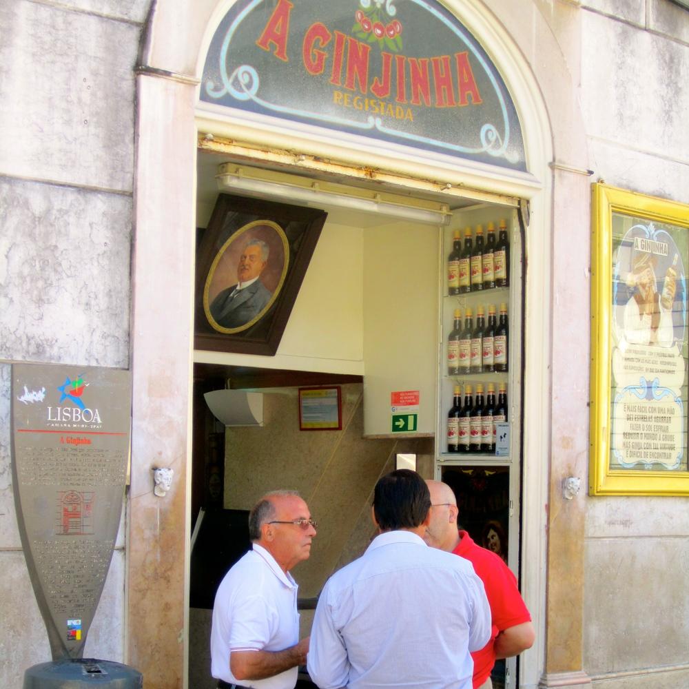 Cafe A Ginjinha, Largo São Domingos 8, Lisboa