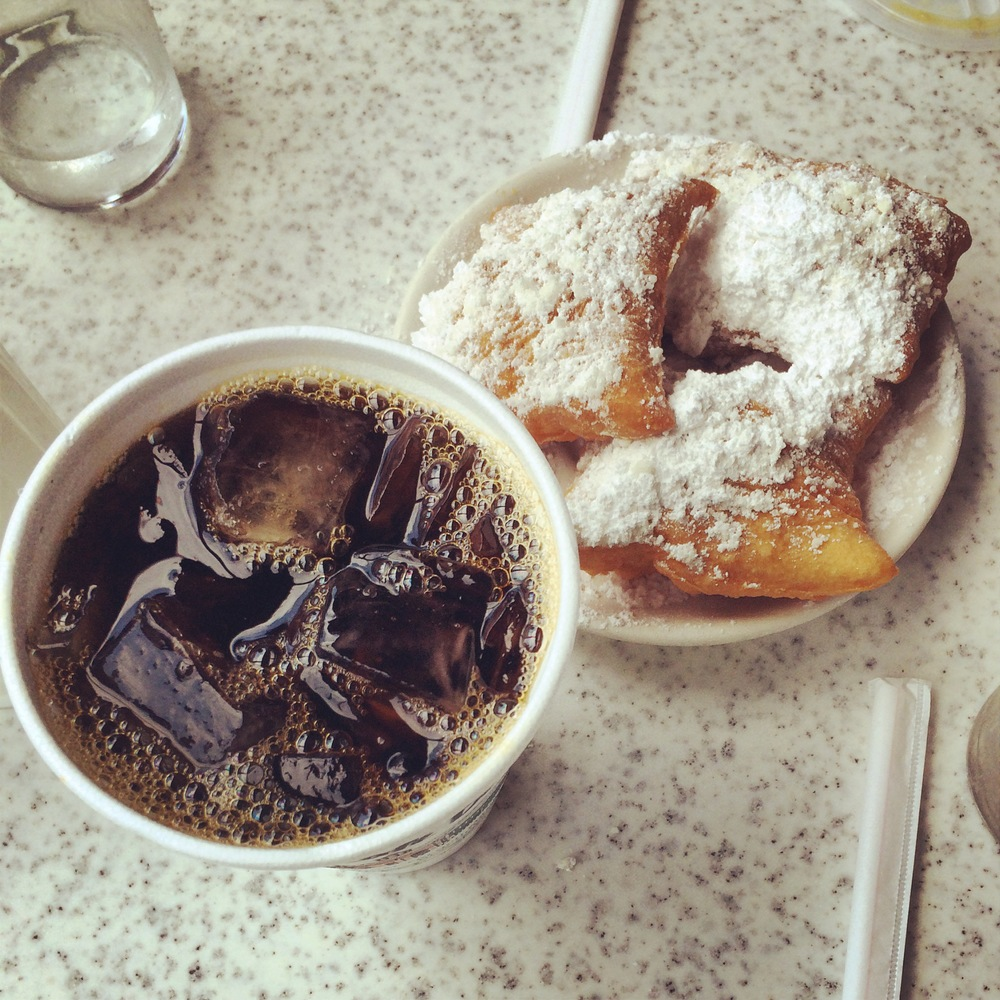 Coffee & beignets at Café du Monde