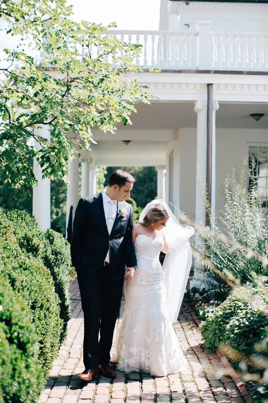 0231_megan_beth_dawson_river_farms_wedding.jpg