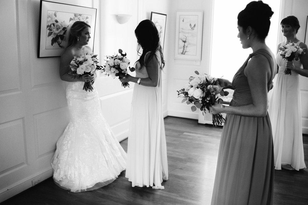 0412_megan_beth_dawson_river_farms_wedding.jpg