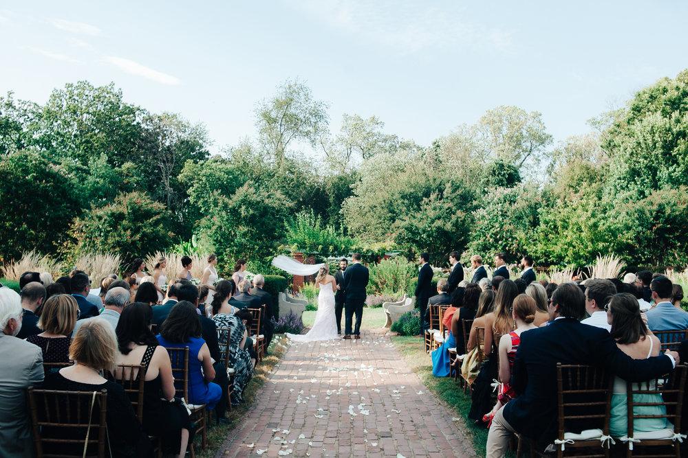 0572_megan_beth_dawson_river_farms_wedding.jpg