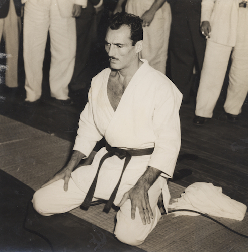 A young and handsome Helio Gracie