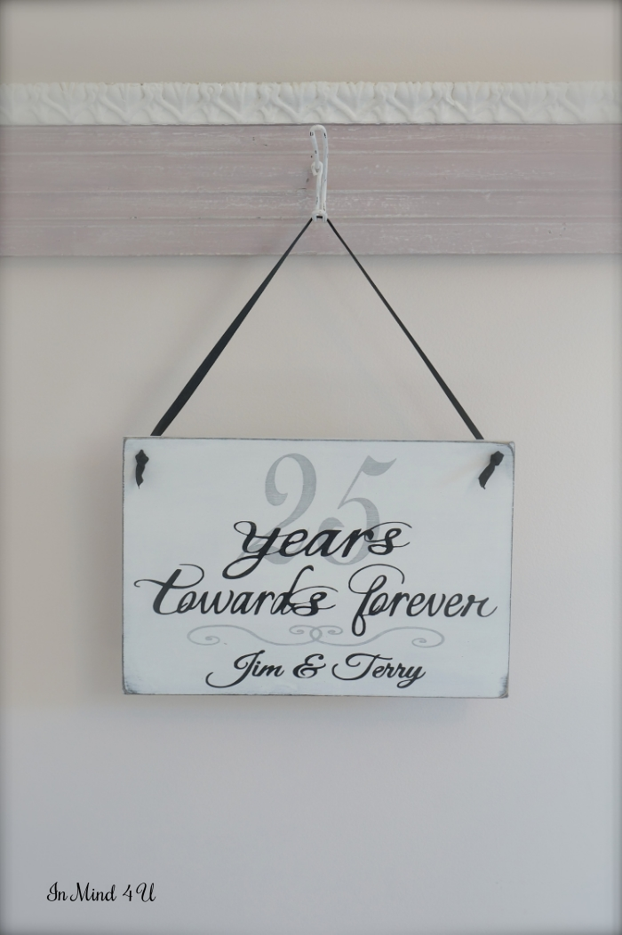 Custom Anniversary Sign by In Mind 4 U