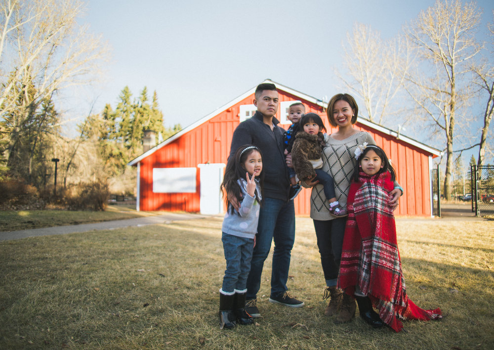 Copy of Calgary-photographer-familyportraits