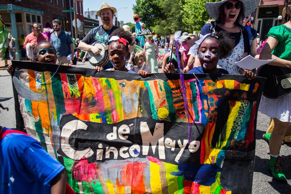 Cinco-cherokee-parade-web-8657.jpg