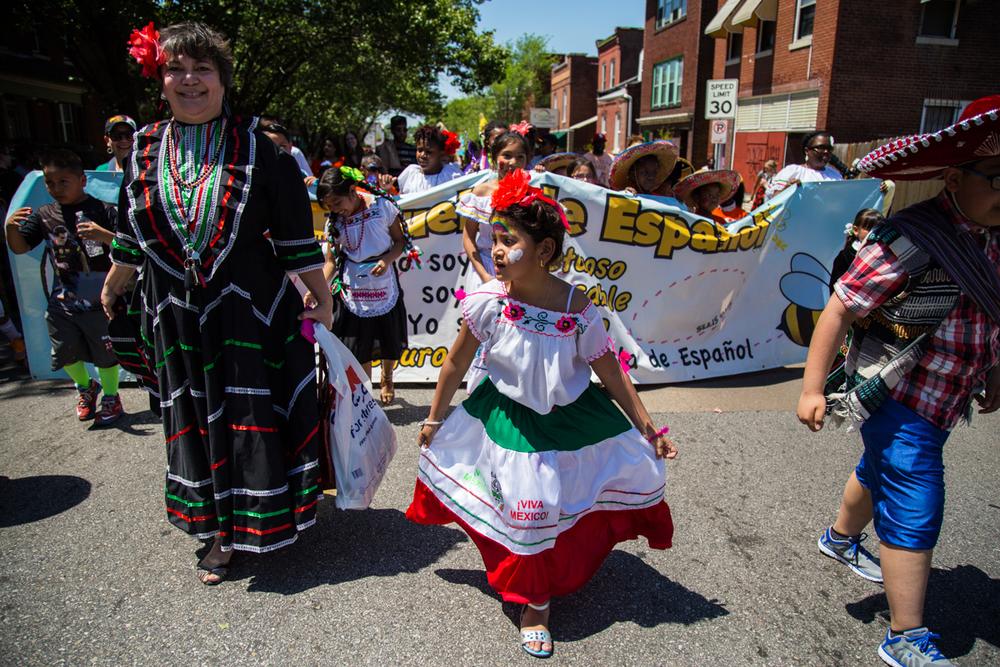 Cinco-cherokee-parade-web-8736.jpg