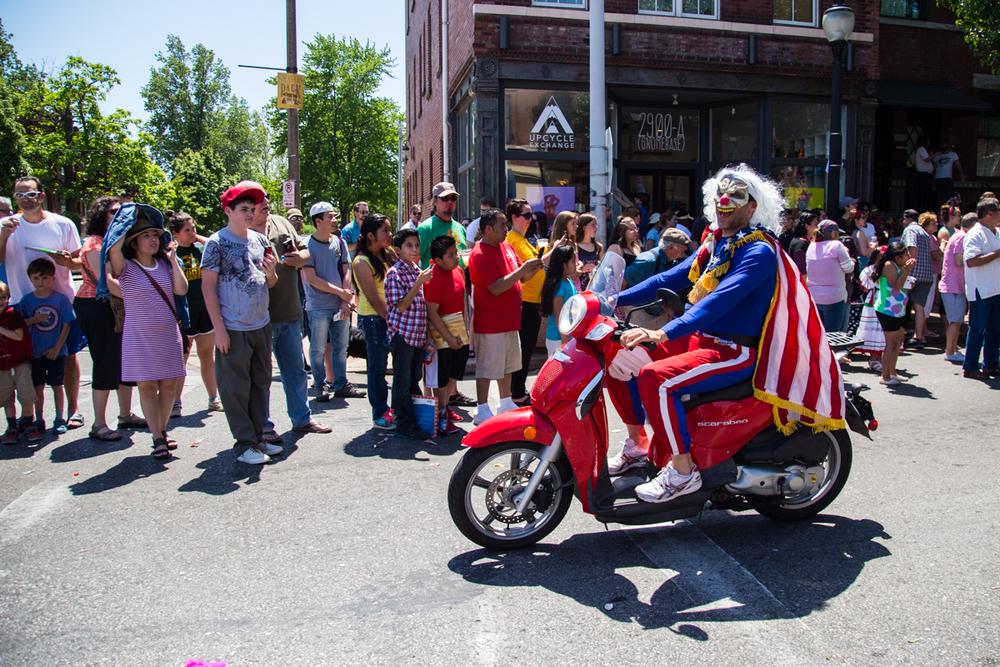 Cinco-cherokee-parade-web-8928.jpg