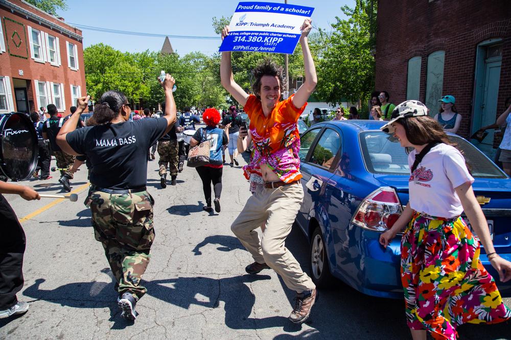 Cinco-cherokee-parade-web-9071.jpg