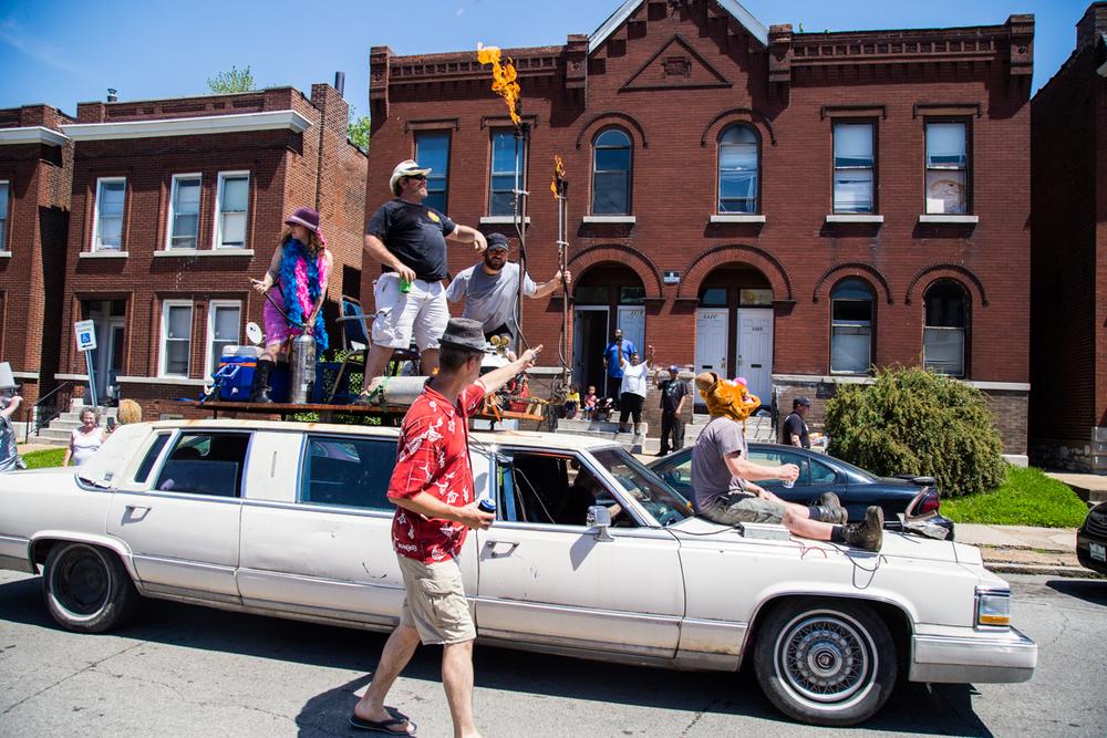 Cinco-cherokee-parade-web-9148.jpg