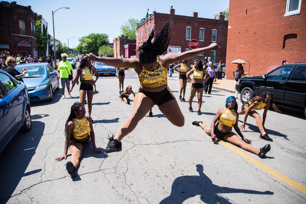Cinco-cherokee-parade-web-9177.jpg