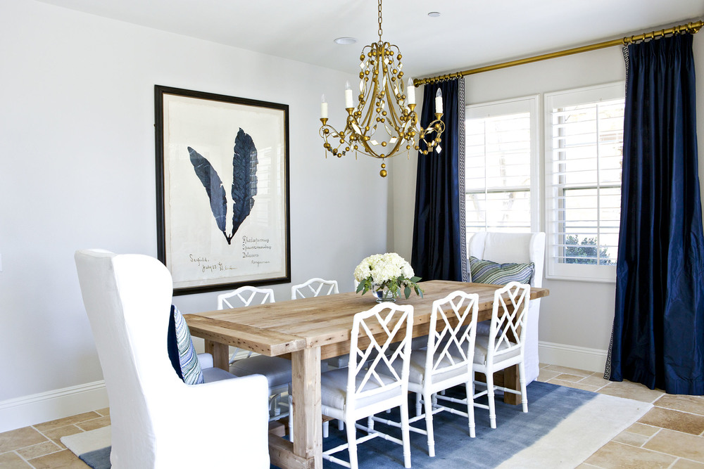 A glamorous dining room in navy white and gold studio for Navy dining room ideas