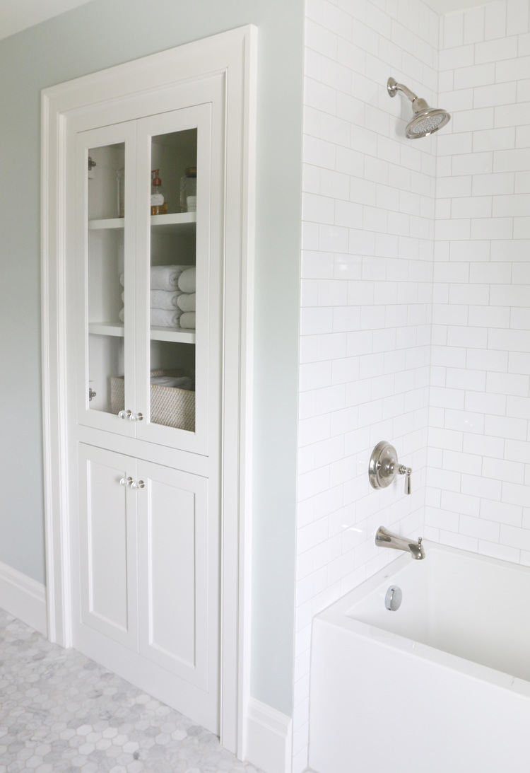 The Midway House: Guest Bathroom — STUDIO MCGEE