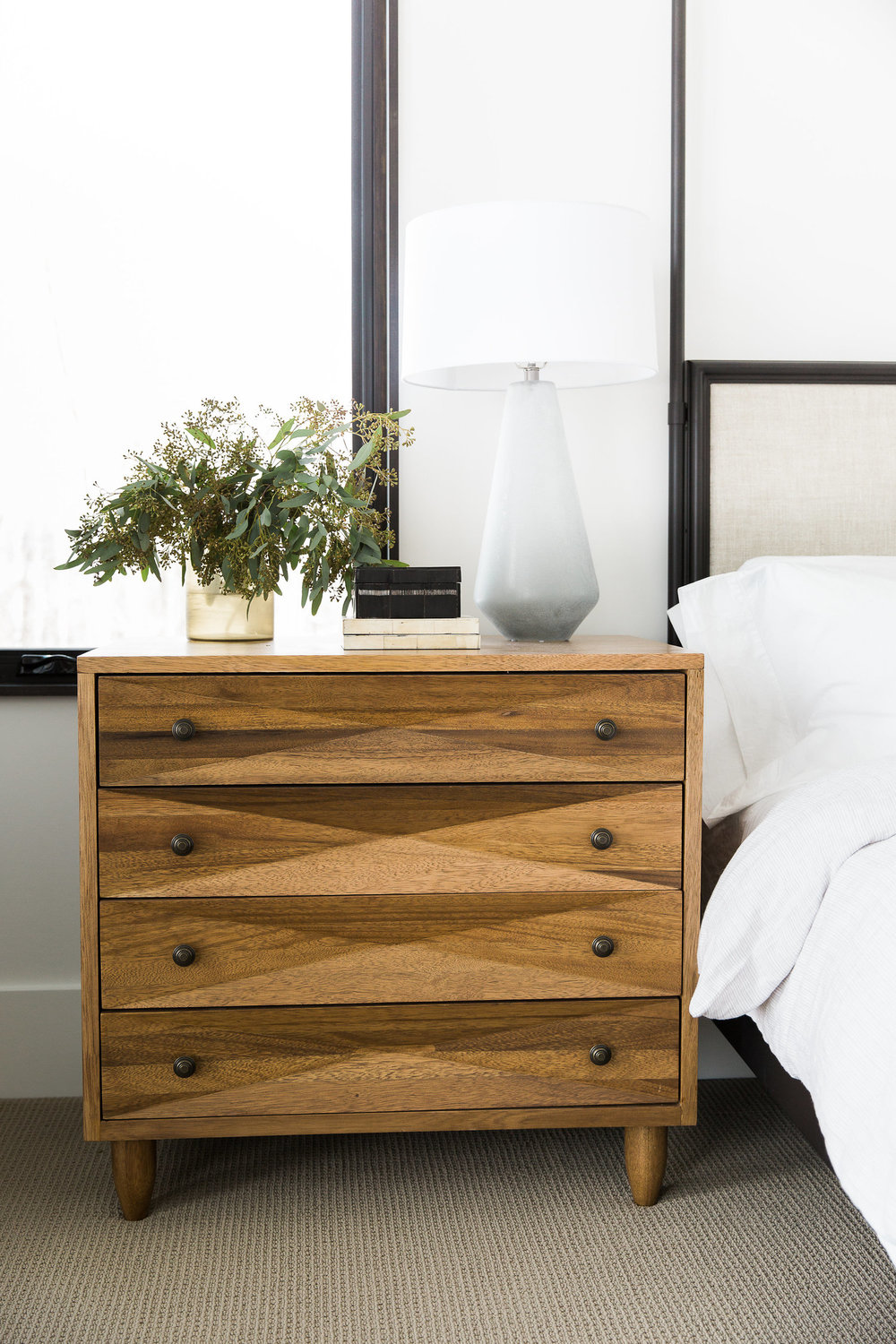 Details on wooden nightstand
