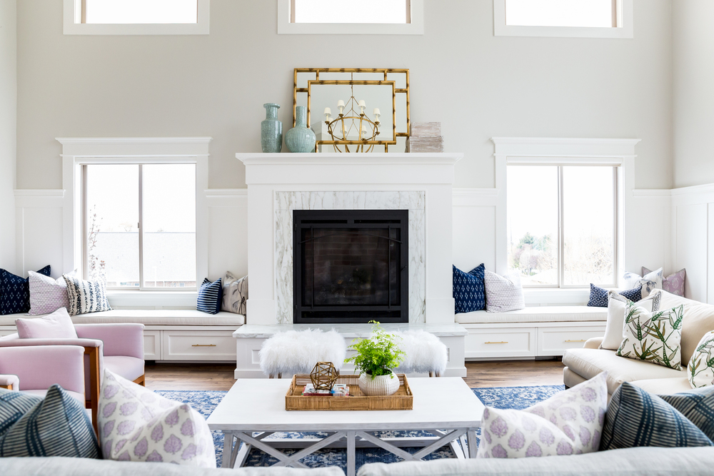White fireplace in modern living room