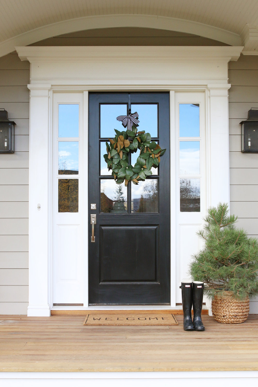 Front door decor magnolia wreaths studio mcgee Exterior door designs