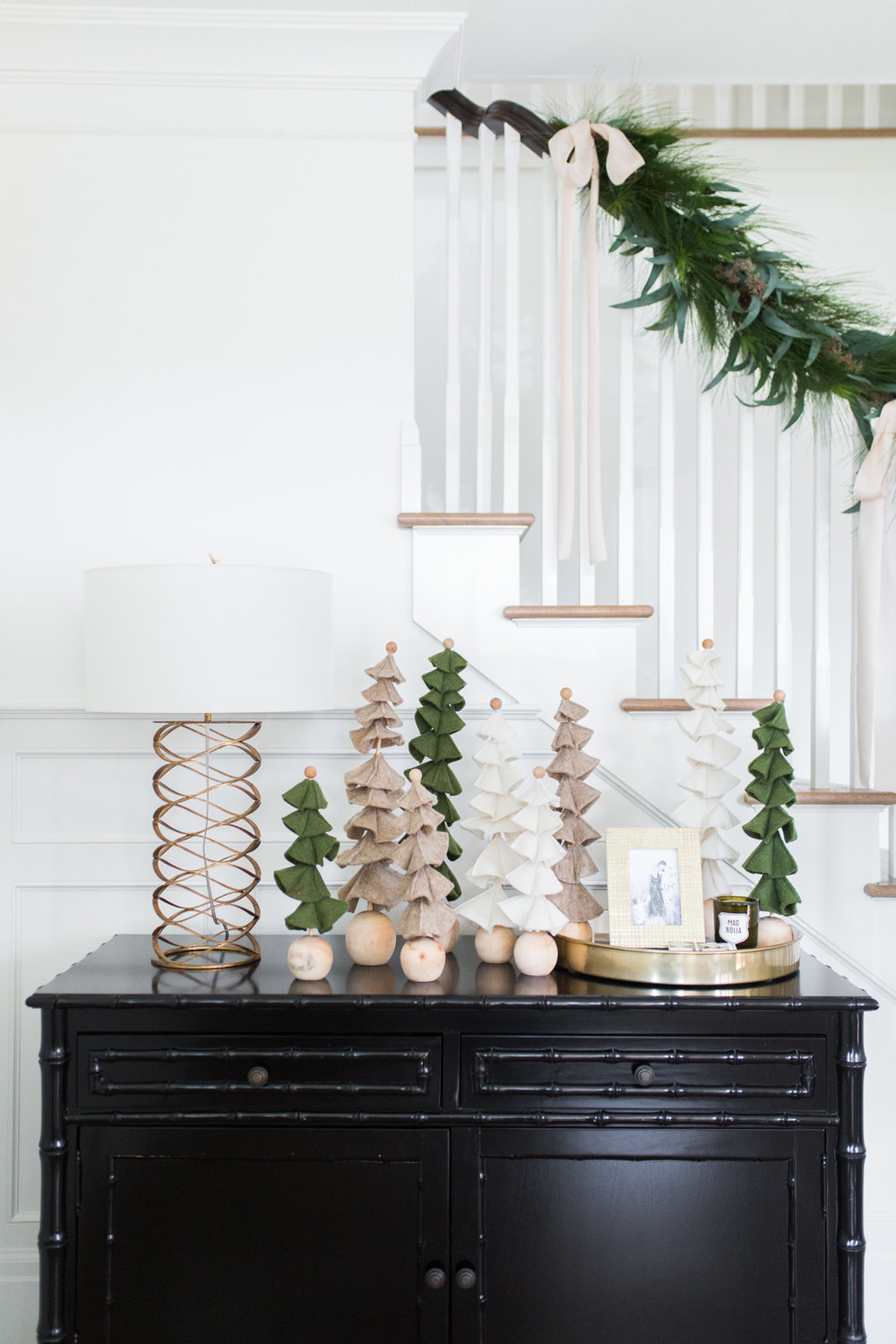 Holiday Decorating With Studio Mcgee Studio Mcgee