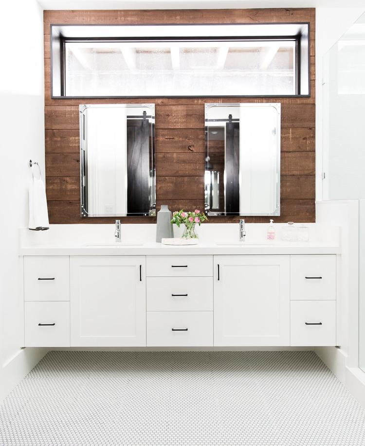 Shiplap Bathroom Vanity: Trend For 2017: Natural Wood