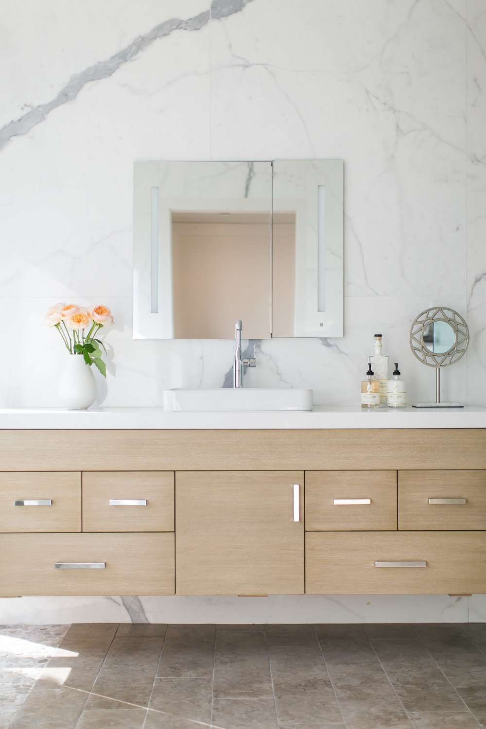 Friday inspiration our top pinned images this week for Beige and black bathroom ideas