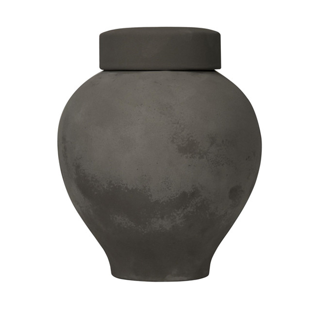 MATTE BLACK LIDDED VASES