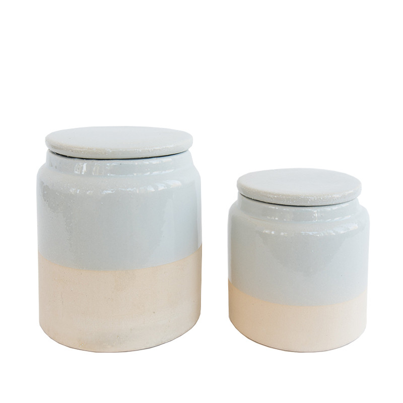 Stoneware_Canister_1_4c917c79-e7f8-4b4c-a2a7-86476227b402.jpg