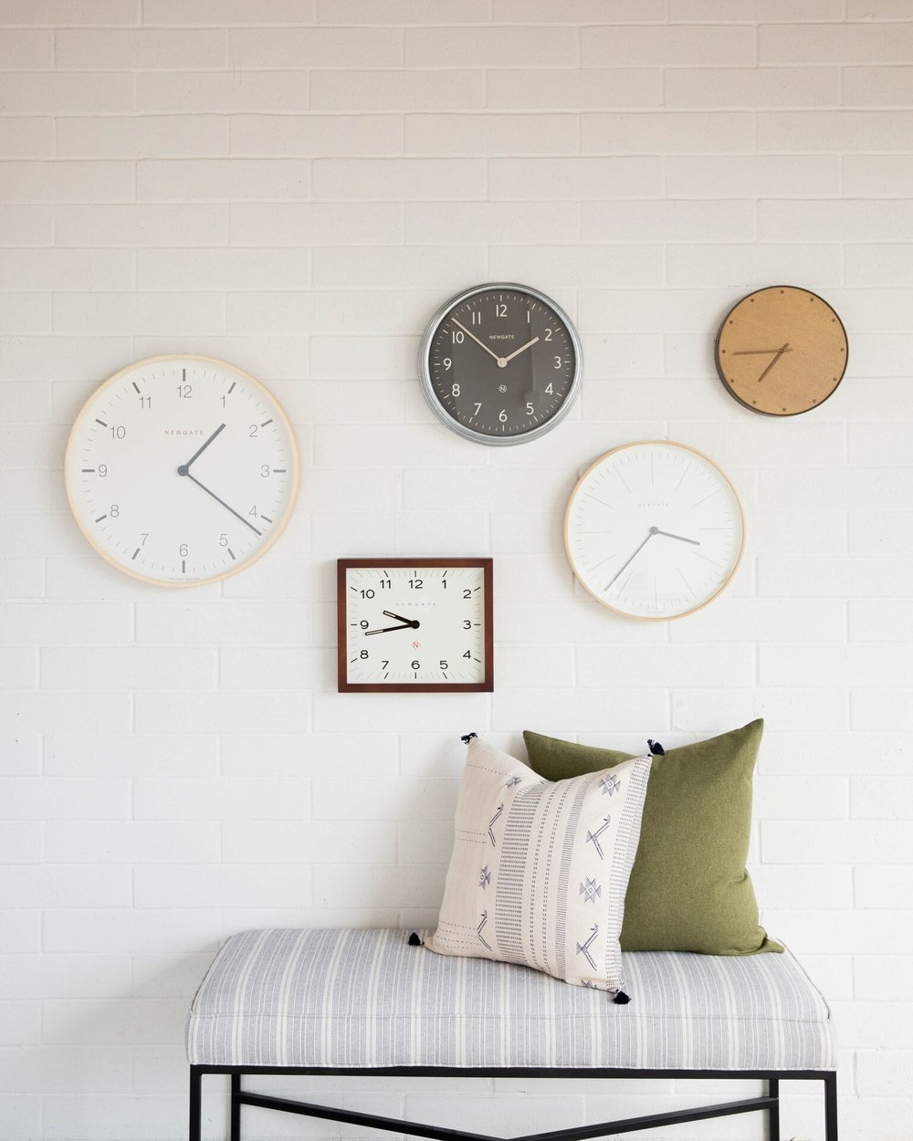 17-8-9-WallClocks_5.jpg