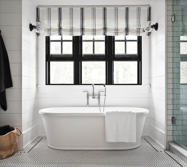 cottage-bathroom-bathtub-nook.jpg