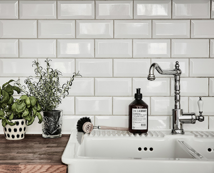 Beveled Subway Tile 2