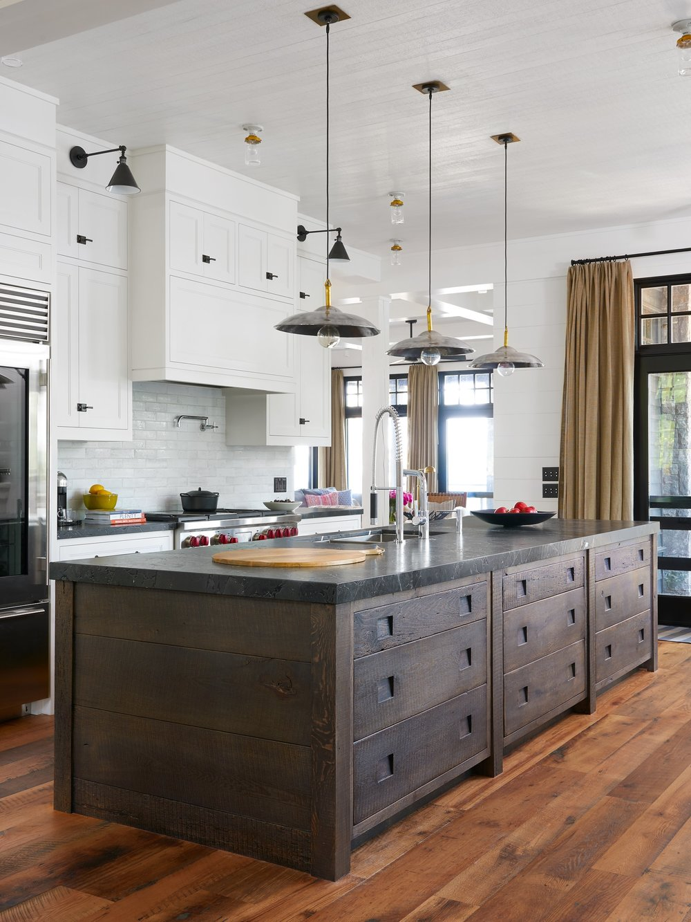jennifer.worts.design.portfolio.interiors.kitchen.1501106064.9985256.jpg