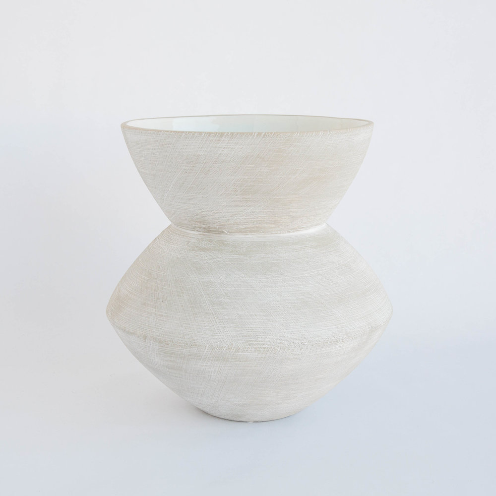 https://www.mcgeeandco.com/products/scratch-vase