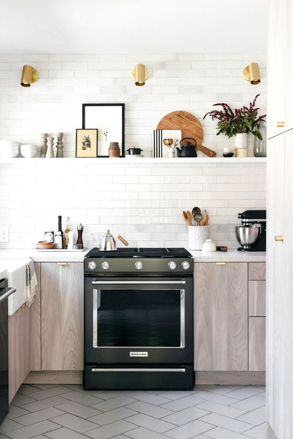 6 Tips For Small Kitchen Design