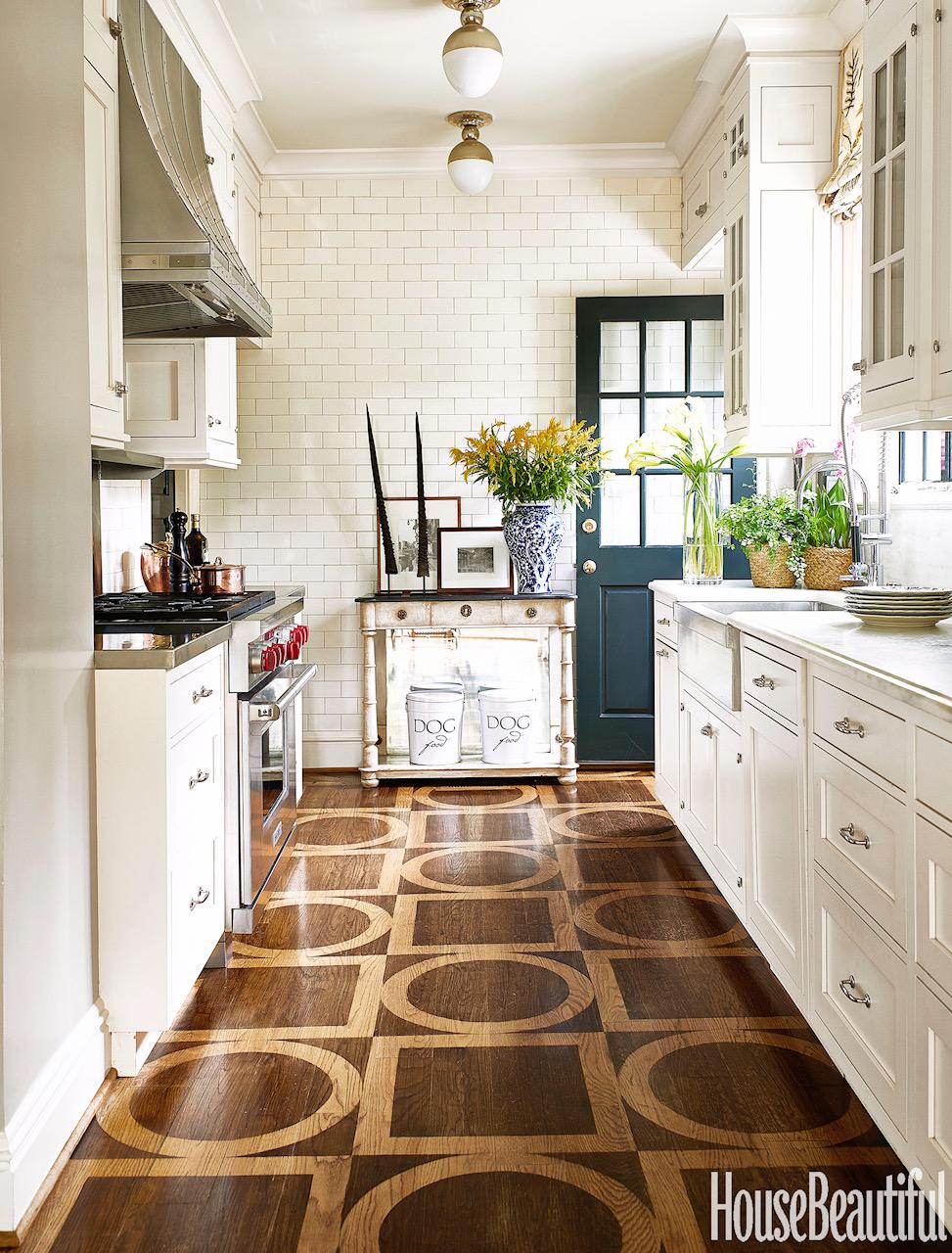 Design by  Matthew Carter Interiors