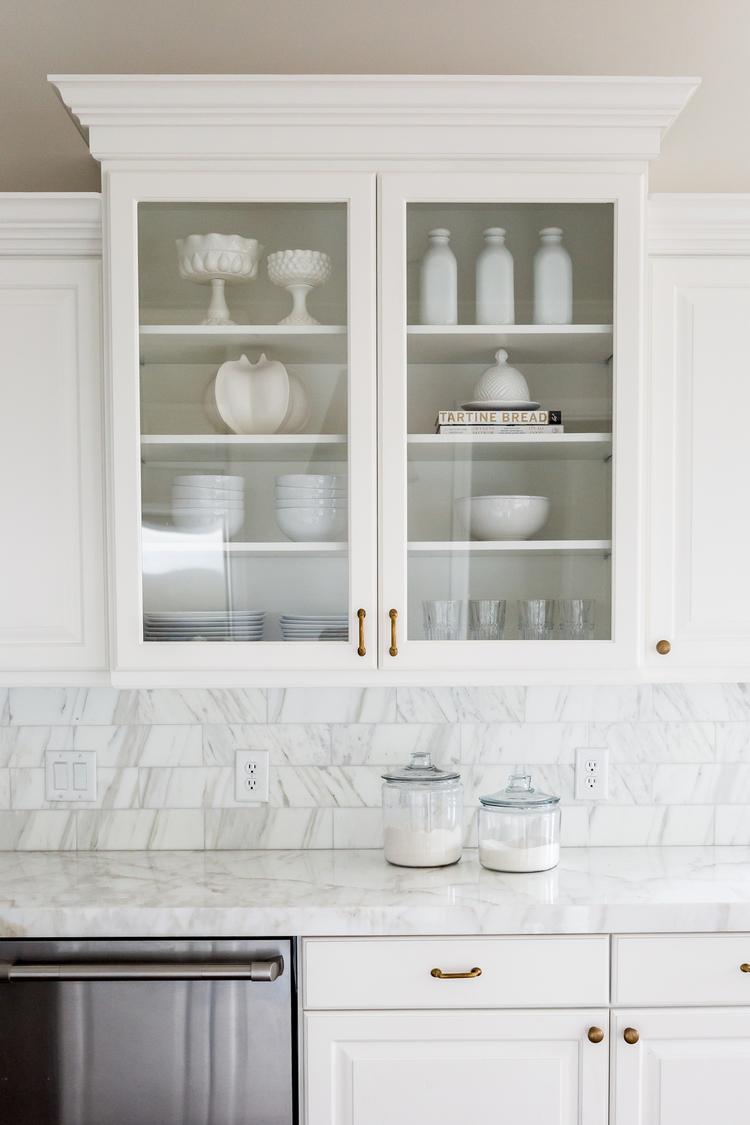 Calacatta+marble+counters+and+backsplash+--+Studio+McGee.jpg