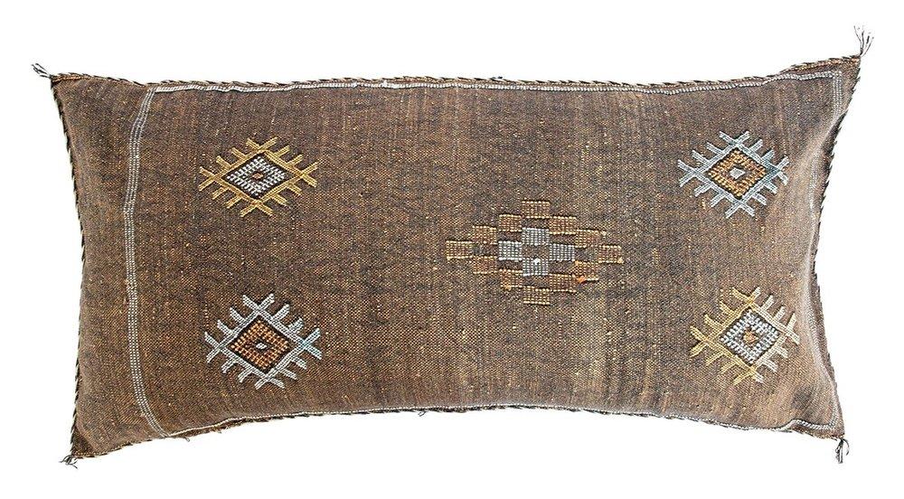 Nila Sabre Pillow