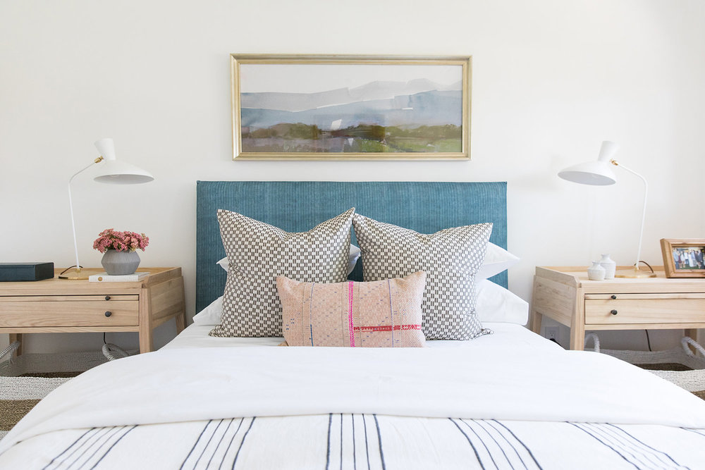 Coastal,+eclectic,+textured,+ranch+style+bedroom+in