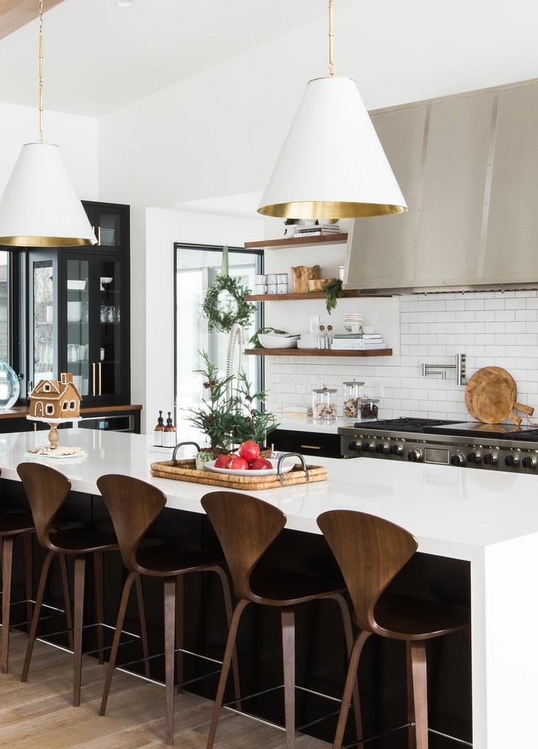 Holiday+Kitchen+Decor.jpg