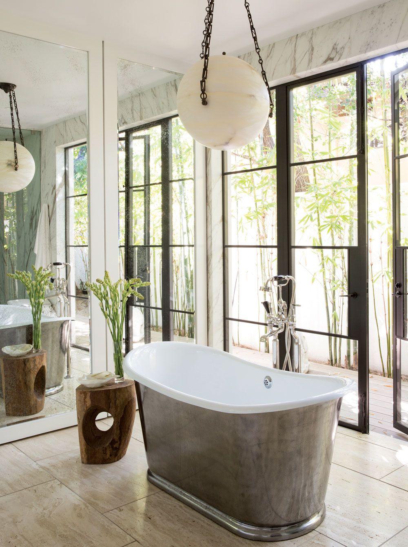 Jenni Kayne's Home  / Design by  Standard Architecture