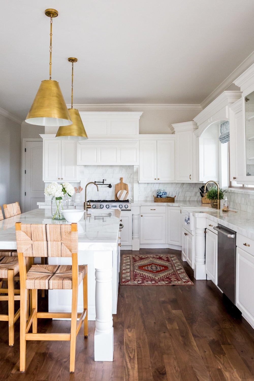 Vintage+Rug+in+the+Kitchen+__+Studio+McGee.jpg