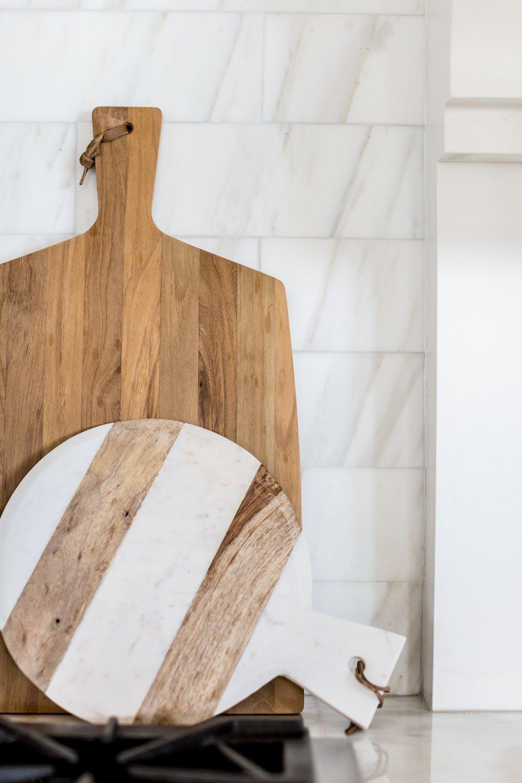 Dramatic+white+kitchen+makeover+__+Studio+McGee.jpg