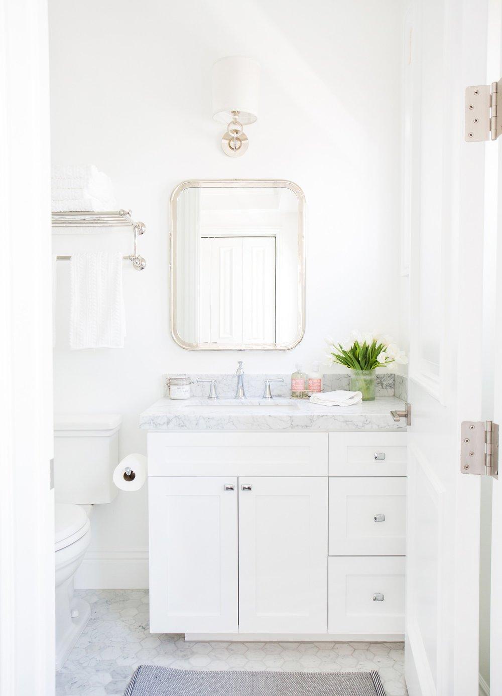 Crisp,+white+bathroom+with+marble+hex+tile+__+Studio+McGee.jpg