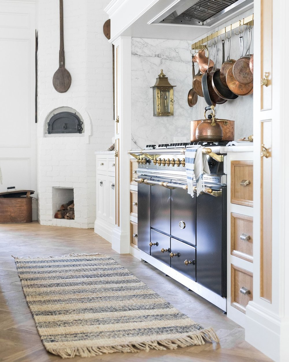 Stockholm Jute Rug  / Design by  The Fox Group
