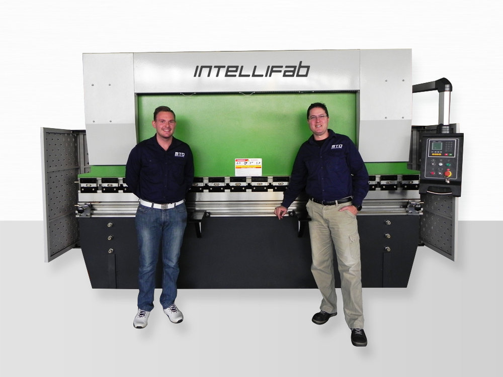 The new IntelliFab Series 2 NC hydraulic press brakes range from 40 ton to 500 ton, 1600mm to 6000mm.