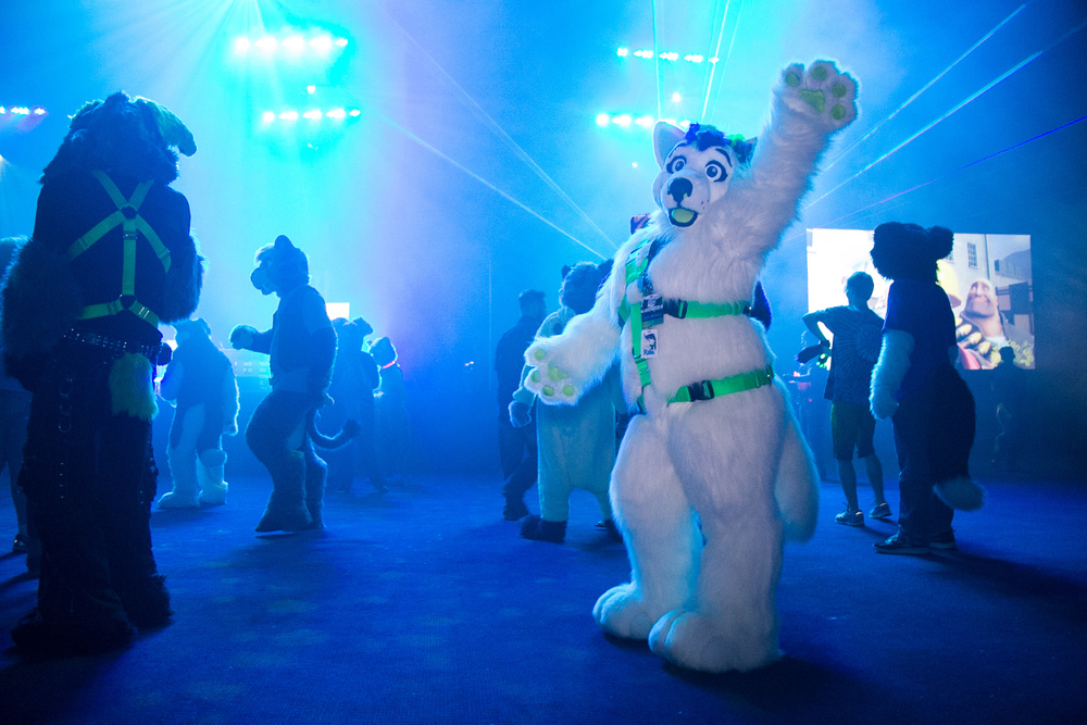Anthrocon Convention - Pittsburgh CityPaper - June 2016