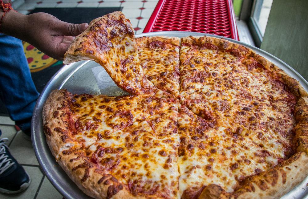Mama Mia Pizzeria - UberEats