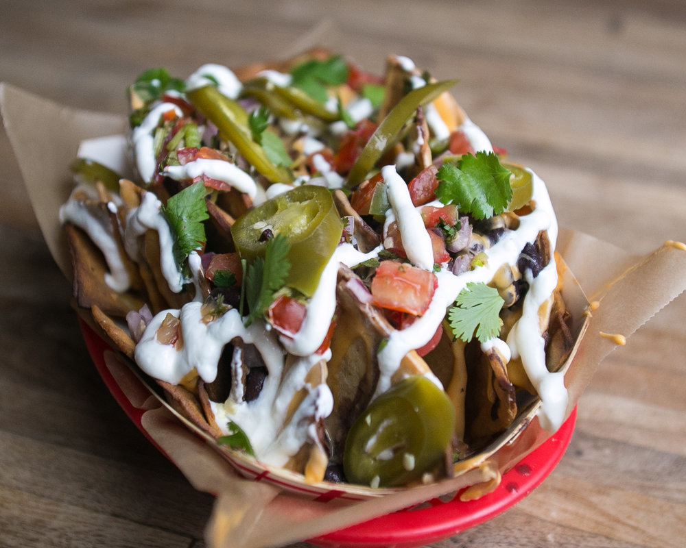 Trophy Bar_Nachos_native-4.jpg