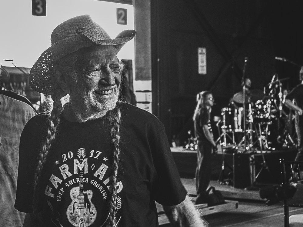 Willie Nelson backstage - Farm Aid 2017