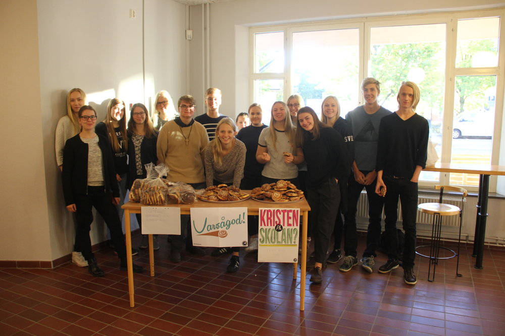 Gruppen på Sundlergymnasiet och deras bullbord