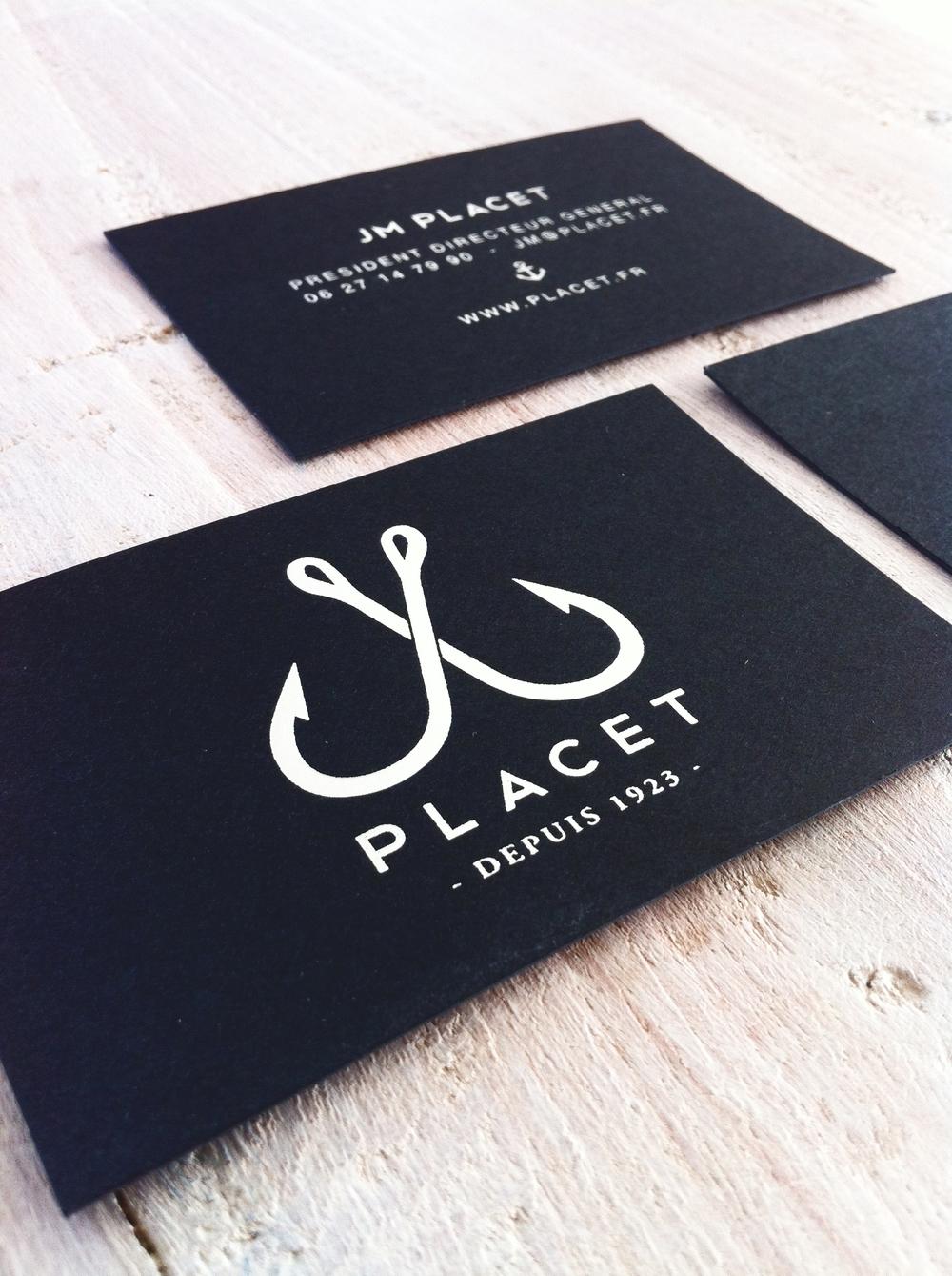 """Cartes de visite """"luxe"""" papier black avec marquage à chaud argent."""