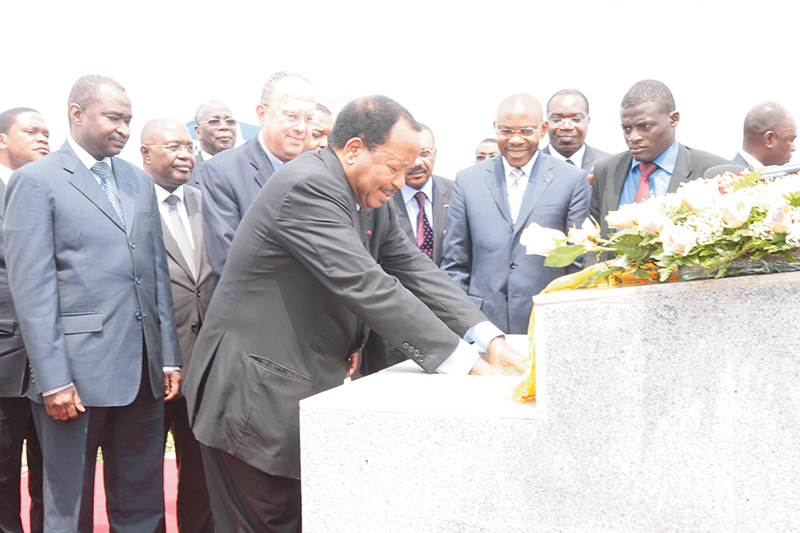 The President of Cameroon, Paul Biya, lays a ceremonial first stone at the site of the Lom Pangar hydroelectric project (August 2012). Supplied